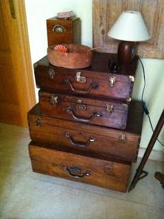 Muebles y objetos restaurados por Isabel Fraguas a la venta