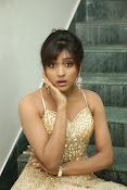 glamorous Vithika sheru new sizzling pics-thumbnail-17