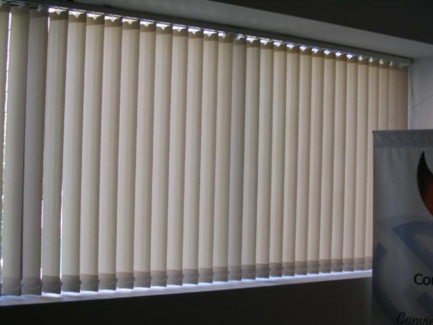 Cortinas roller hogar y oficina - Cortinas verticales para oficinas ...