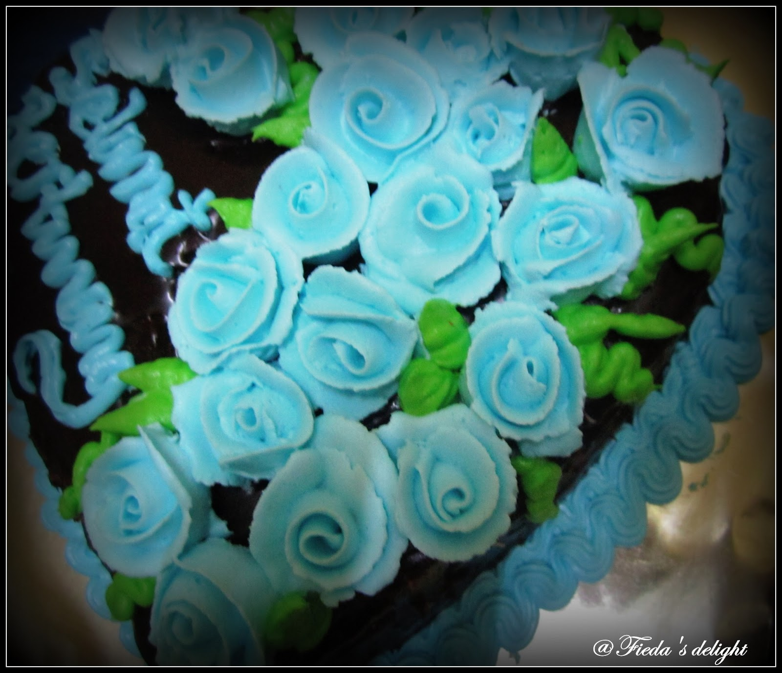 CooKiNG wITh LoVe Light blue wedding cakes