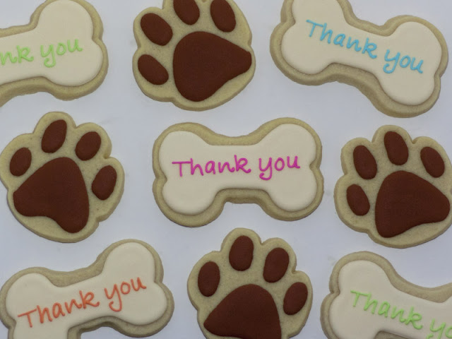 paw print and dog bone cookies