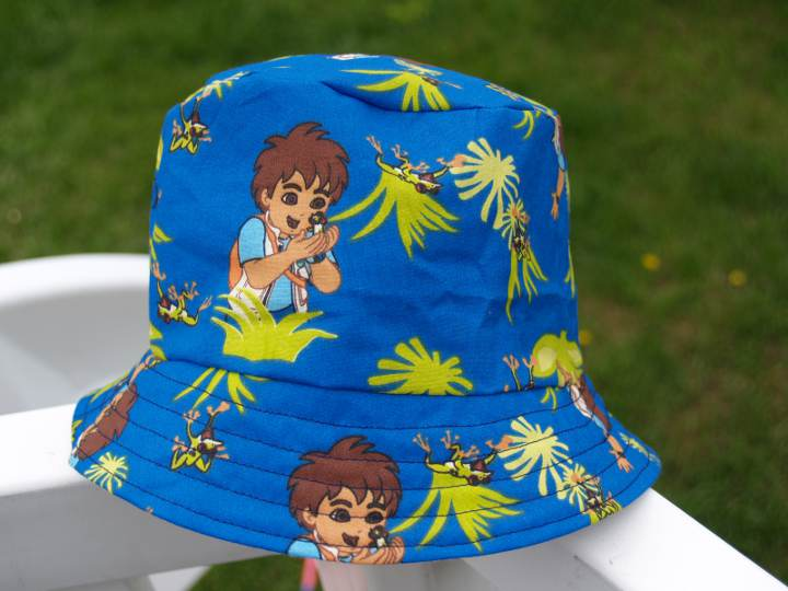 how to make a bucket hat out of fabric