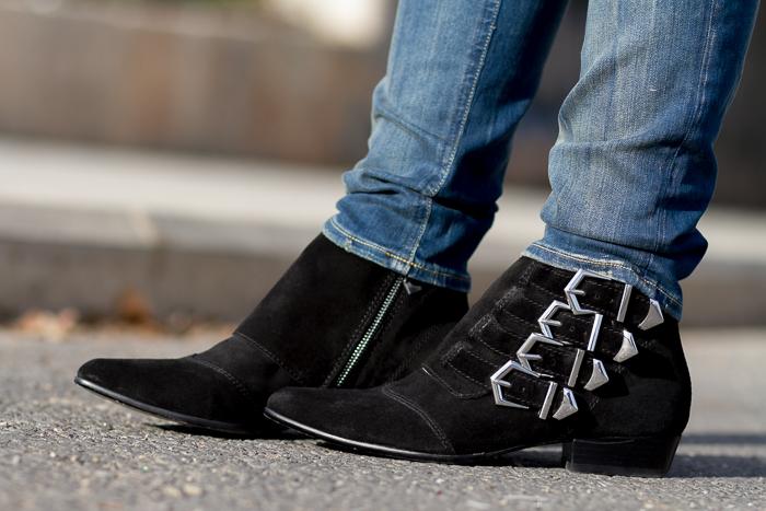 Botines de ante con hebillas de Zara inspiración clon low cost Tabitha Simons
