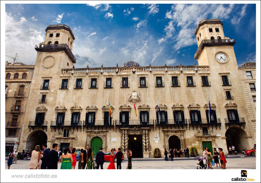boda-ayuntamiento-de-alicante-yeguada-Lagloria-09-fotógrafo-Calixto-Foto