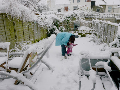 Bristol toddler fun falling over winter white