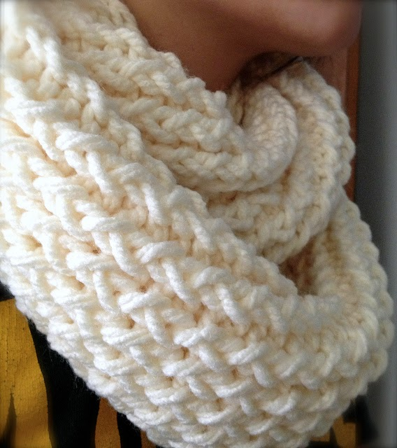 Knitting Loom Uses : Diy infinity scarf with a knitting loom craft projects