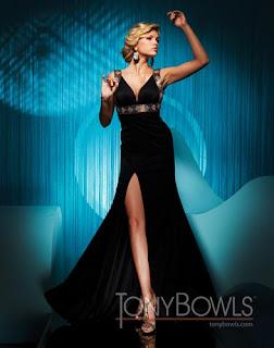 Kleider - Tony Bowls