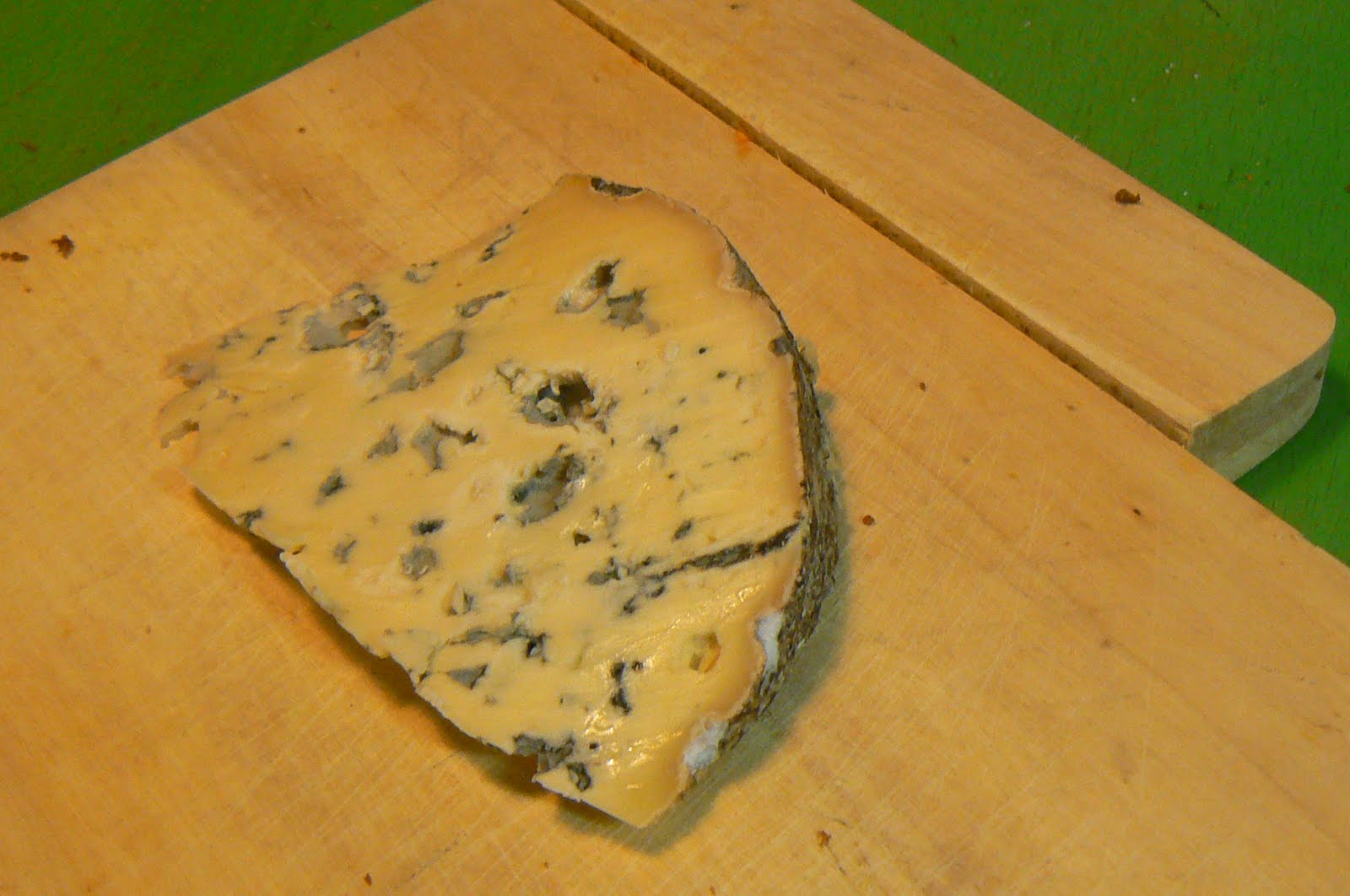 the functioning cheese addict fourme d ambert the other french blue