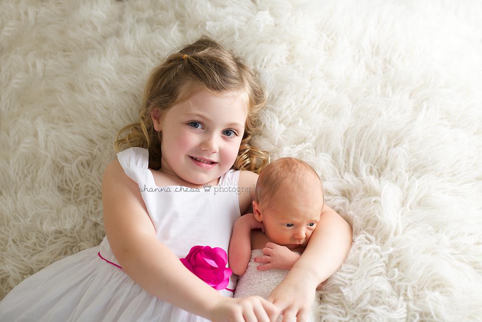 eugene, oregon newborn photography sibling