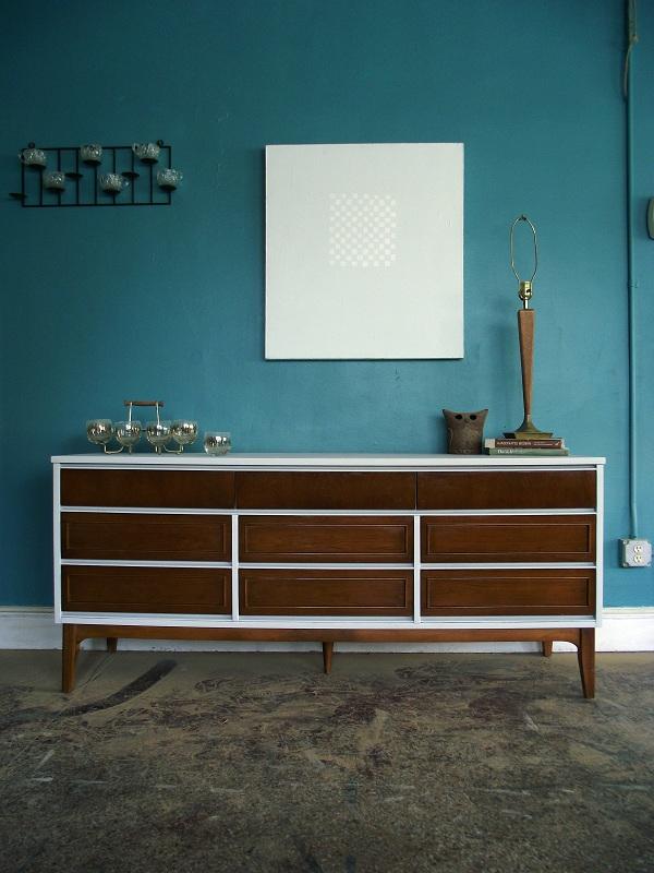 White Wood Mid Century Nine Drawer Dresser Buffet