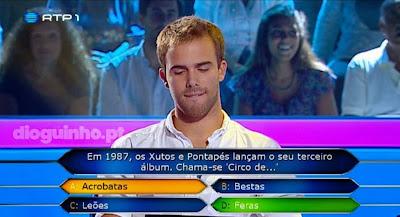 Concorrente erra na 1ª pergunta no Quem Quer Ser Milionário - Circo de acrobatas