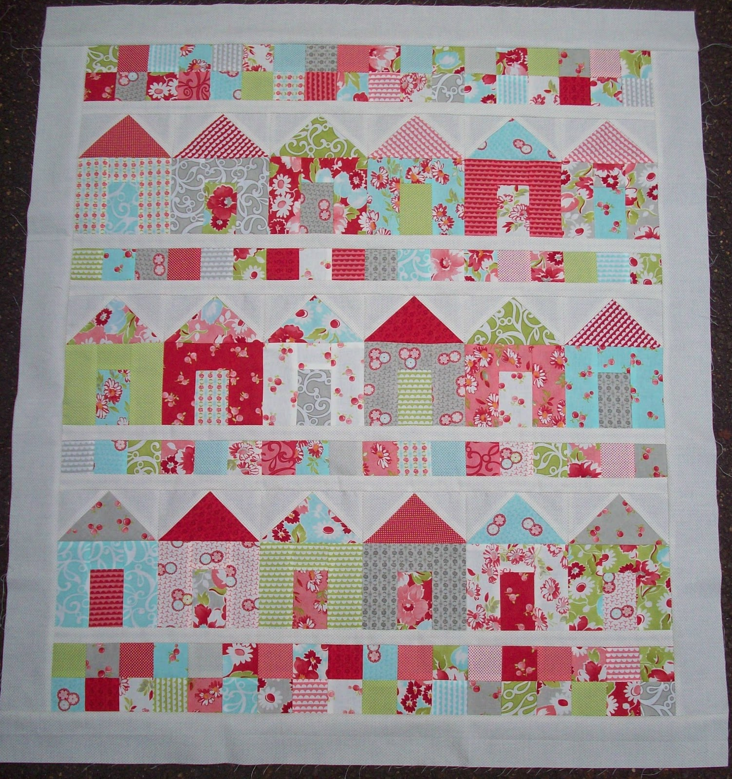 Auntie 39 s quaint quilts full house for House pattern