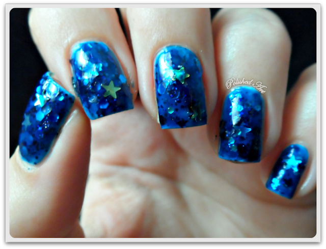Femme-Fatale-Cosmetics-bottle-of-infinite-stars-glitter-swatch