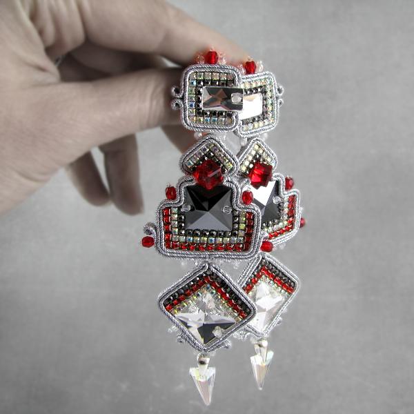 Wiszące, luksusowe kolczyki sutasz z kryształami Swarovski