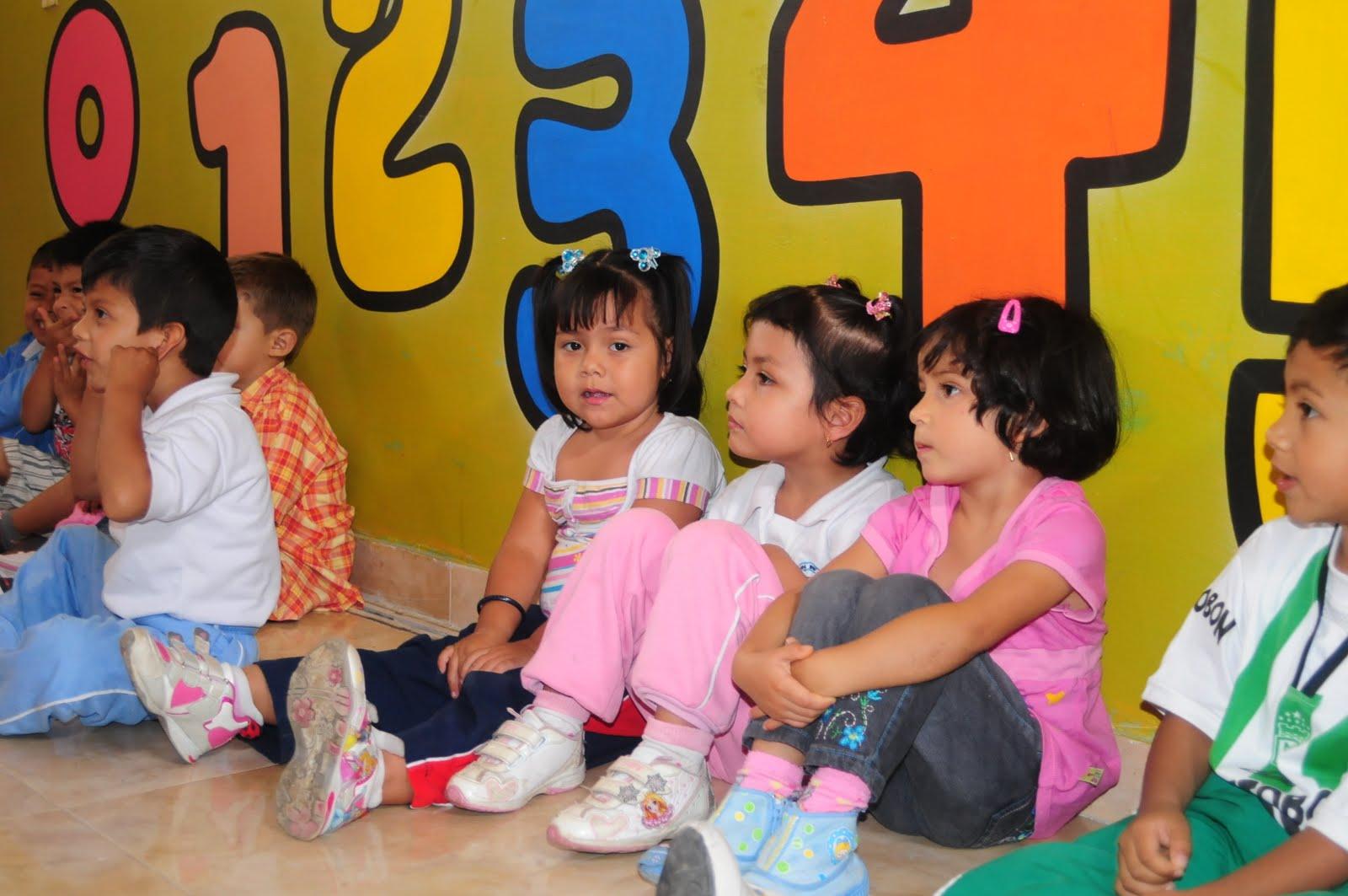 Jard n infantil mis peque os sabios for Aprendemos jugando jardin infantil