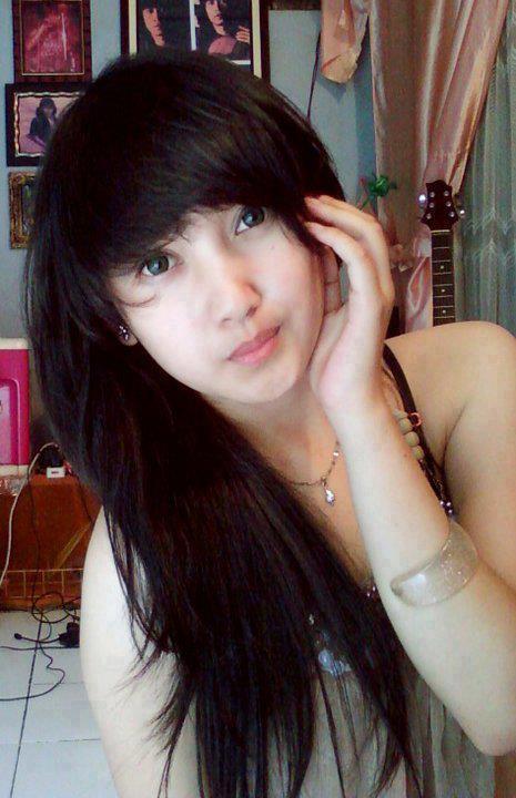 abg pose memegang rambut 1004 9 Gaya Foto Paling Umum Di Indonesia