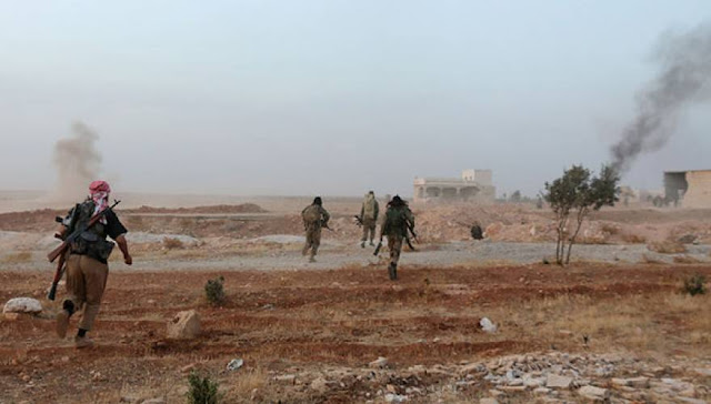 Η Φωτιά και το ατσάλι των Σύριων στο Χαλέπι μετατρέπει τους Τζιχαντιστές από σκληρούς μακελάρηδες σε ...λούηδες που πετάνε τα όπλα και τρέχουν να σωθούν