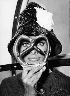 La mascara de Sophia Loren