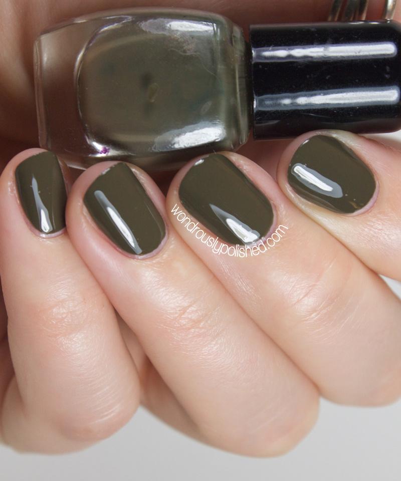 wondrously polished  cake nail lacquer