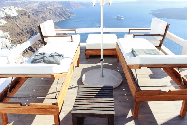 Aqua Luxury Suites hotel, Imerovigli, Santorini, executive deck with private pool/jacuzzi. Luxury hotels in Santorini. Honeymoon hotels in Santorini. Where to stay in Santorini.