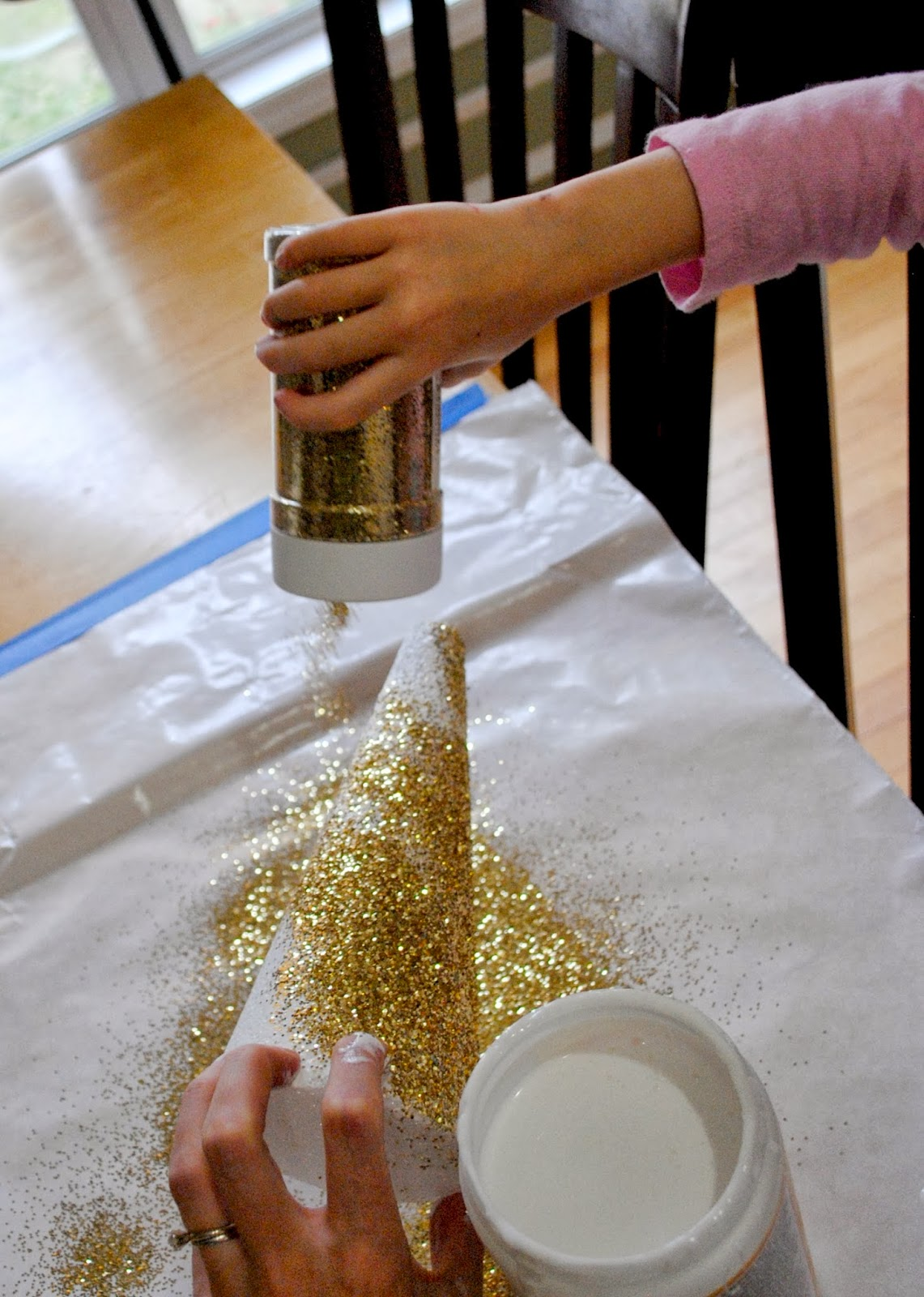 Pour+Glitter+on+Cone.jpg