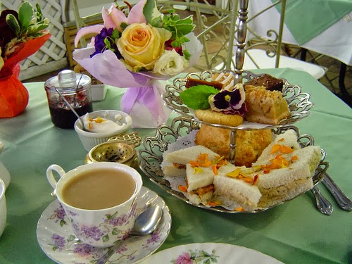 time for tea history and customs of english tea infographic blogher. Black Bedroom Furniture Sets. Home Design Ideas