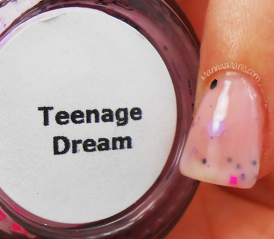 Glam Glaze Teenage Dream, a thermal nail polish