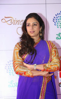 Actress Tabu Latest Pictures in Saree at Memu Saitam Dinner with Stars Red Carpet  1).jpg
