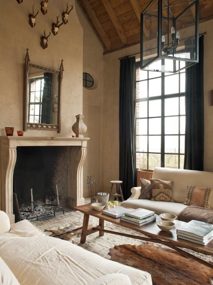 Belgian living room in the magnificent home of Greet Lefevre. Venetian plaster walls. Belgian style furniture and interior design.#belgianpearls #belgianstyle #belgiandesign #europeancountry #belgianlinen #belgianfurniture