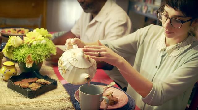 Tee als Geste des Willkommenseins - Die ganze Welt in einem Haus - Lipton _ Atomlabor Blog