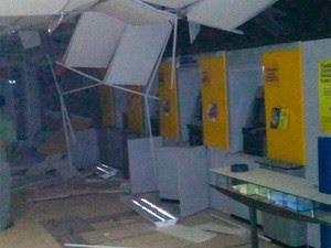 Banco explodido na cidade de Ibititá, interior da BA (Foto: Márcio Antonio Carvalho/Arquivo Pessoal)