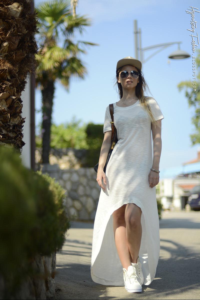 biała sukienka lato