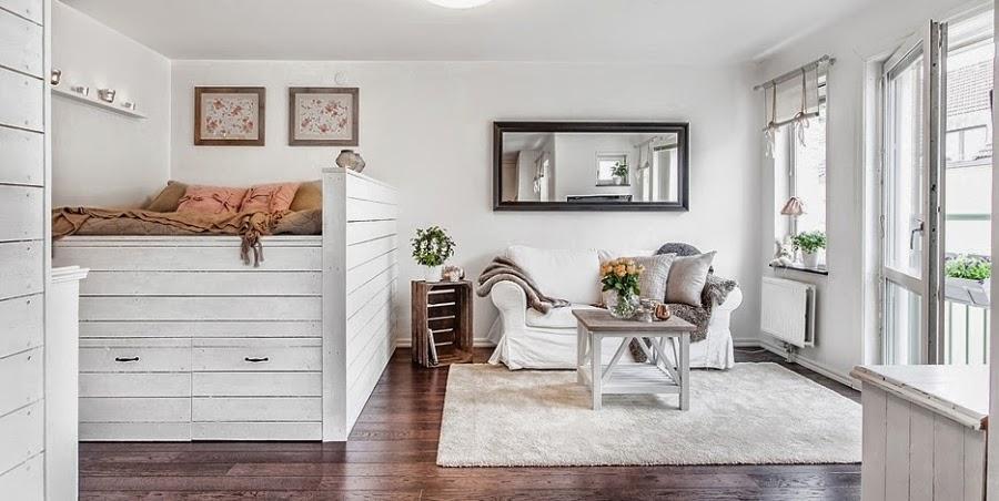 kawalerka, małe wnętrze, salon, sypialnia, białe wnętrze, kanapa, styl skandynawski