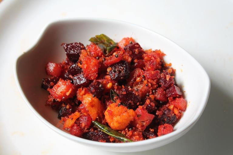 beetroot & radish poriyal recipe / beetroot & mullangi mezhukkupuratti recipe - onam sadya recipe
