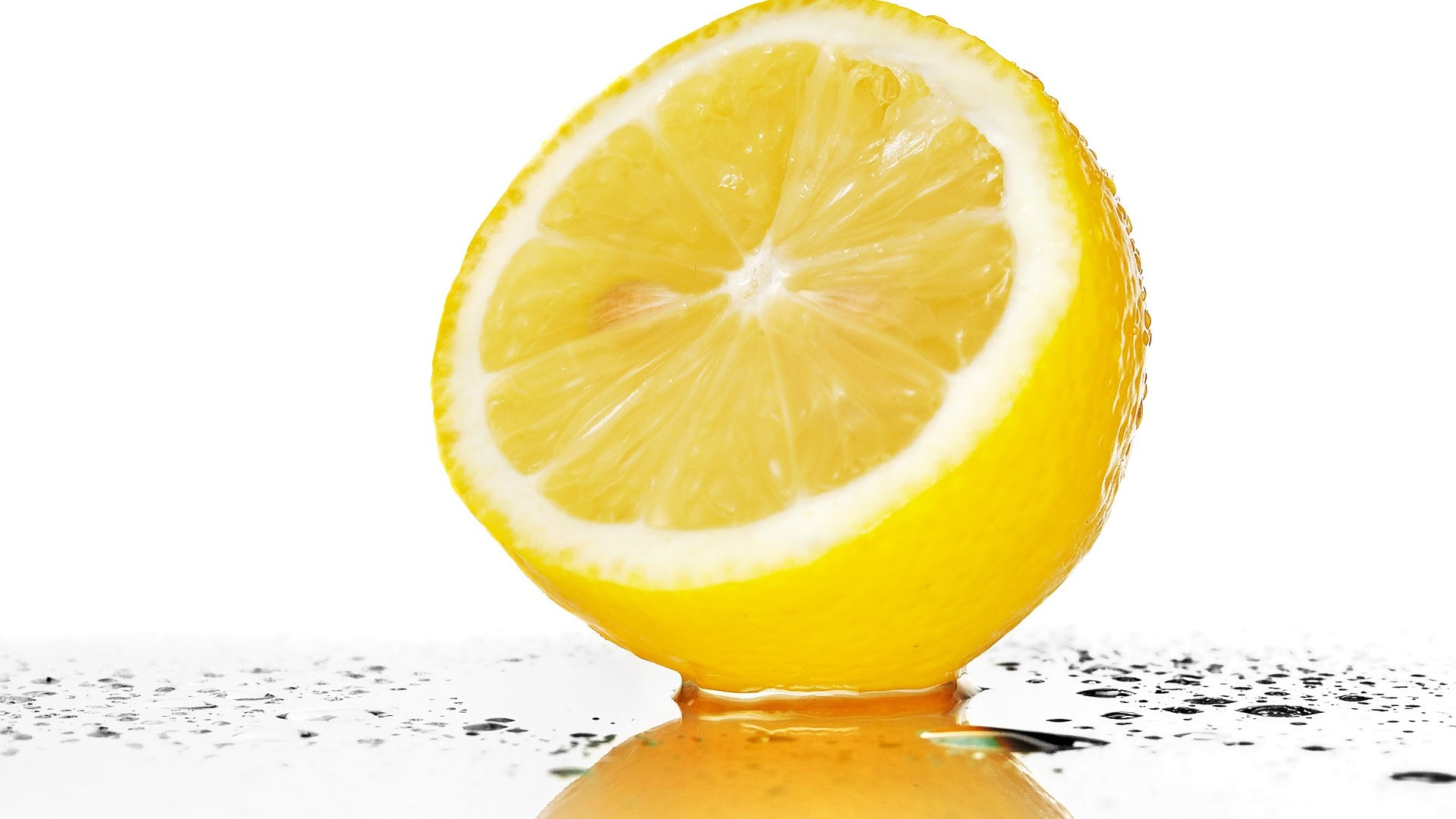 http://4.bp.blogspot.com/-POsK7j3_IXM/UD9y4k7BcTI/AAAAAAAAEUY/0z5DYAZ1Wp0/s1920/big-juicy-lemon1080.jpg