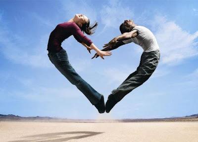 10 Hubungan Cinta Paling Ekstrem di Dunia