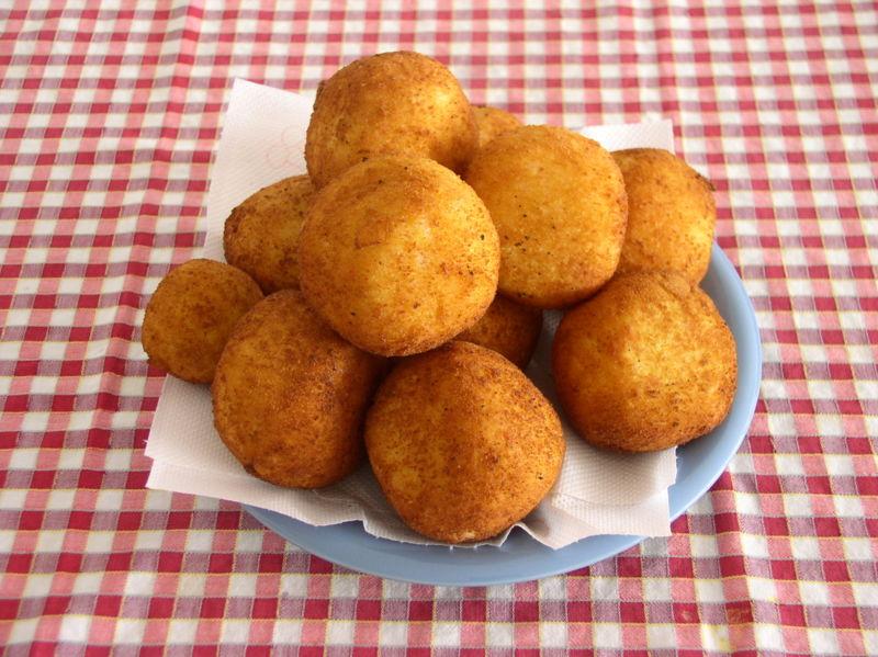 Vittoria Gourmet: Arancini, the Italian Rice Ball