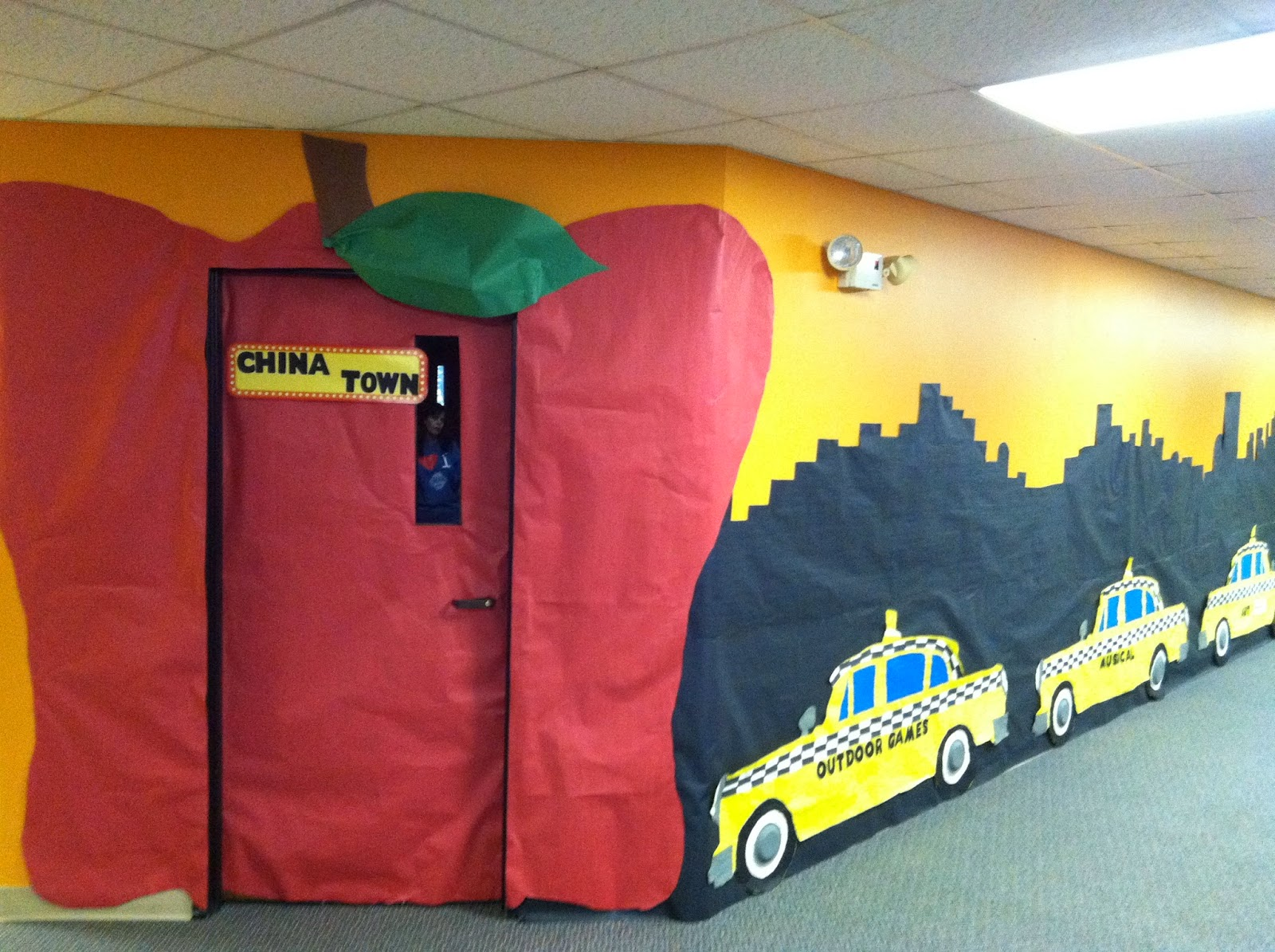 Being a teacher for several years now I\u0027ve covered many classroom doors in butcher paper. The picture above shows a door from 2012 when our VBS theme was ... & TeachingTidbits and MORE!: Best Way to Cover Your Classroom Door ...