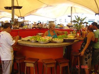 peixe frito com arroz de jambu - mercado do ver o peso