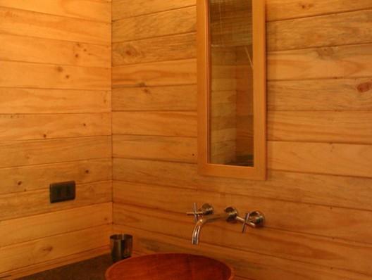 Kelwin mishelly casas de madera prefabricadas for Divisiones interiores