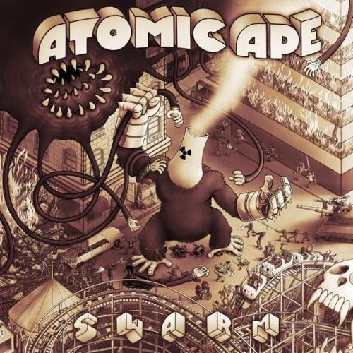 """Aqui está uma boa notícia para os fãs de música instrumental meticulosamente trabalhada. Banda conhecida anteriormente como """"Orange Tulip Conspiracy"""" voltou com uma nova formação, um novo som, um novo nome, """"Atomic Ape"""" e mais emocionante ainda, um novo álbum chamado """"Swarm"""" lançado em Fevereiro de 2014 pela gravadora """"Mimicry Recordings"""". Um som que catapulta seus ouvidos em um imprevisível universo do turbilhão, caos musical, criando aventuras cinematográficas emocionantes e desenhos psicodélicos no olho da sua mente, mistura rock progressivo, balcãs, klezmer, jazz, surf rock e muito mais. Trabalho fortemente orquestrados, tempos quebrados nas composições, ritmos acelerados com improvisações selvagens e arranjos complexos. Ainda liderado pelo guitarrista """"Jason Schimmel"""" (ex """"Estradasphere""""), que tem vindo aperfeiçoando este projeto por muitos anos em estúdios, em """"Seattle"""", """"San Francisco"""" e mais notadamente em seu formidável estúdio comercial em """"Los Angeles"""", chamado """"The Bunker"""". Ele diz que levou mais de 4 anos para gravar """"Swarm"""", desde o início, até o fim... Talvez ele tenha contraído um bom vírus durante o seu tempo tocando baixo na banda """"Secret Chiefs 3"""" (rumores dele trabalhando em algumas dessas músicas já em 2008 tinham sido divulgados).  MAIS INFORMAÇÕES: Site Oficial Facebook"""