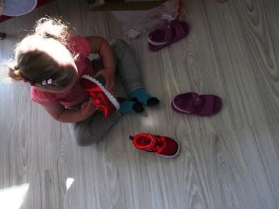 nike performance dla dzieci, adidas sandałki