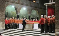 Tre cori al Santuario della Vittoria cantano la pace e ricordano il maestro Sacchi