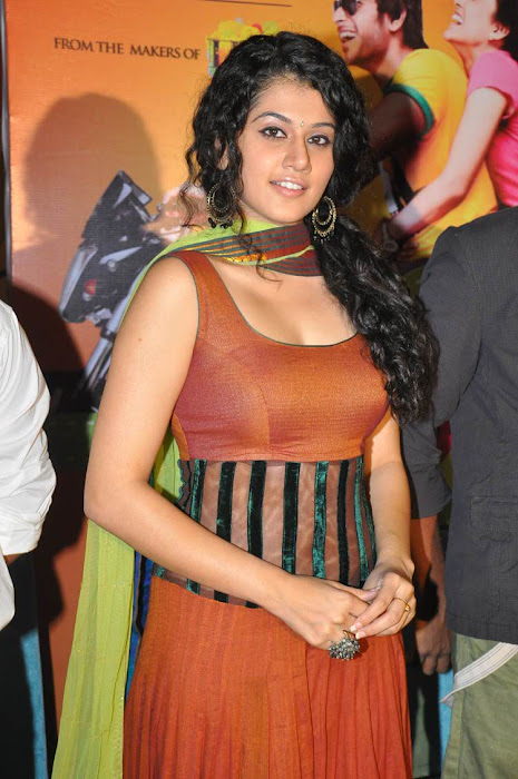 tapsee unseen pics