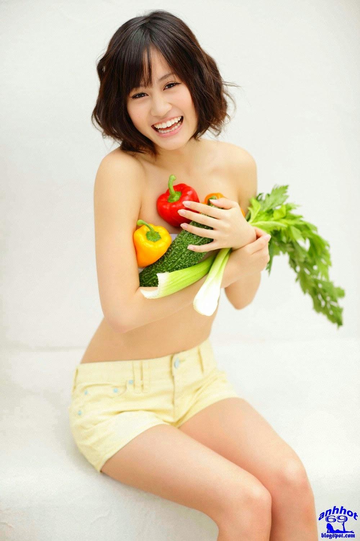 atsuko-maeda-00538435