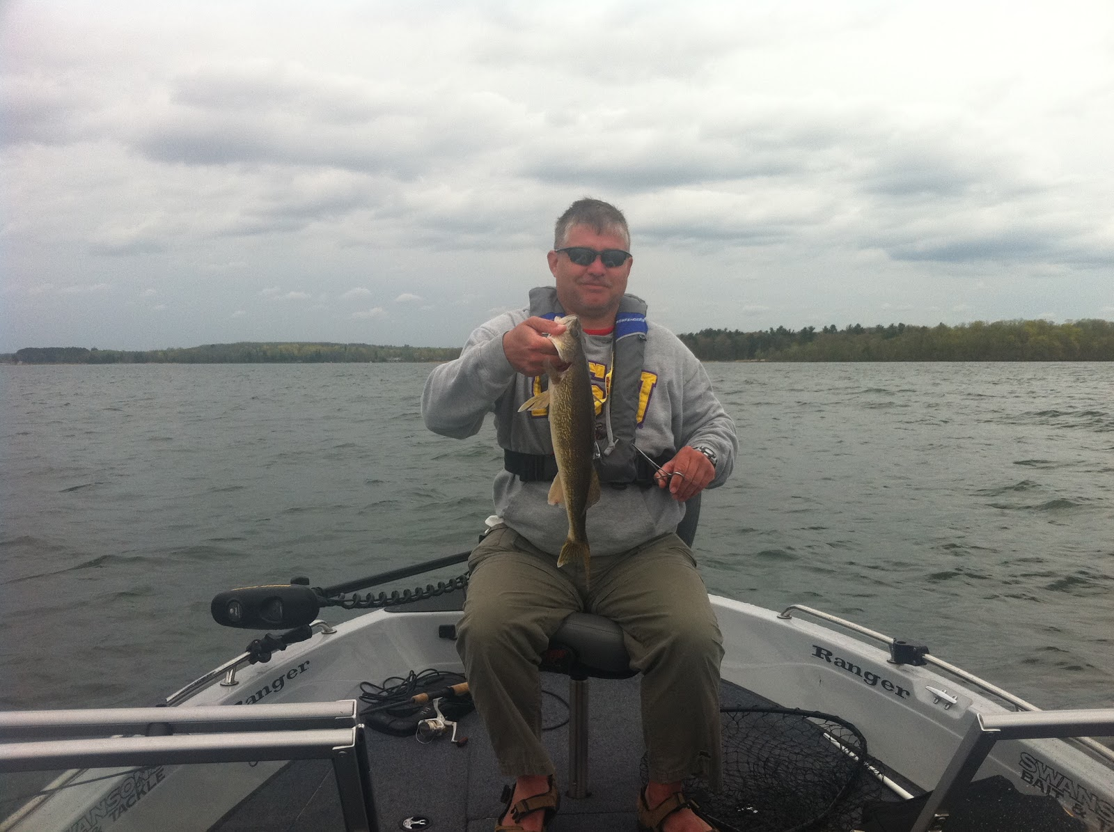 Yellow dog patrol leech lake fishing report late may 2011 for Leech lake fishing report