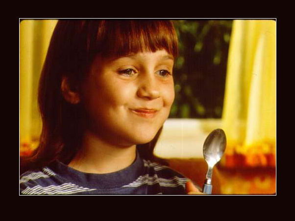 Mara Wilson - Wallpaper Gallery