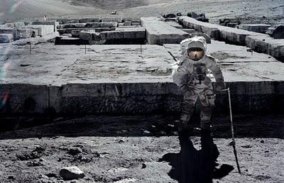 puede que NIBIRU NO sea un planeta................ Construcciones+antiguas+en++la+Luna+.La+Nasa1