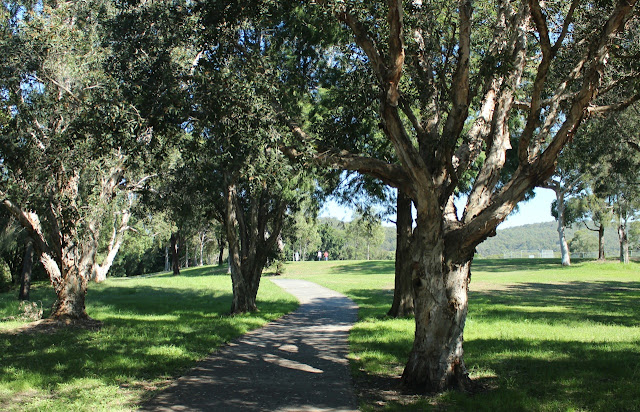 Adcock Park cycle/walking path