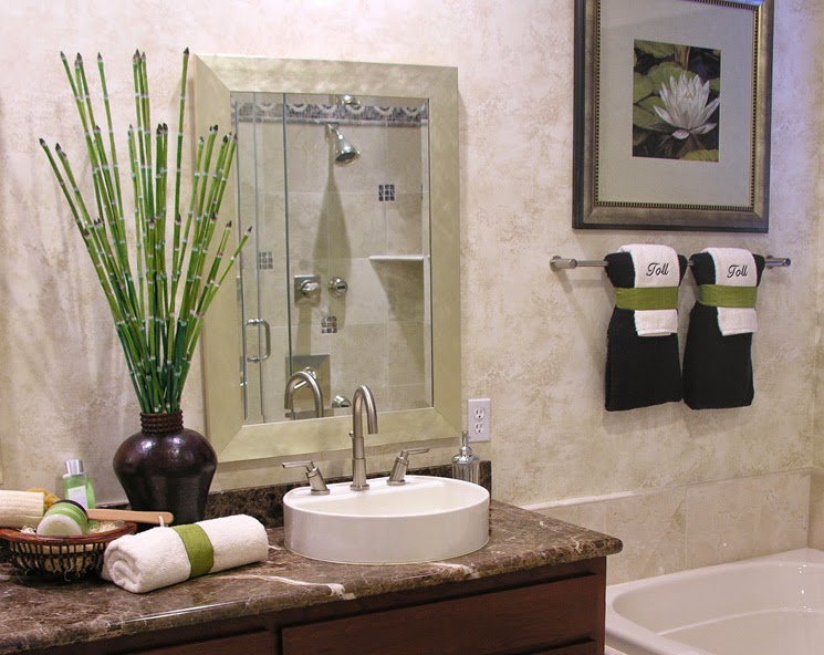 Balanced living inc the feng shui bathroom for Como decorar un bano moderno